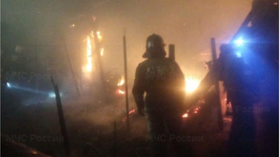 Два человека погибли во время пожара в Новоалтайске