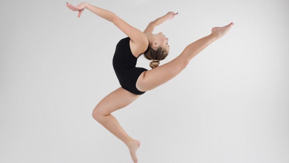 Всероссийский день гимнастики: как сделать полезную зарядку