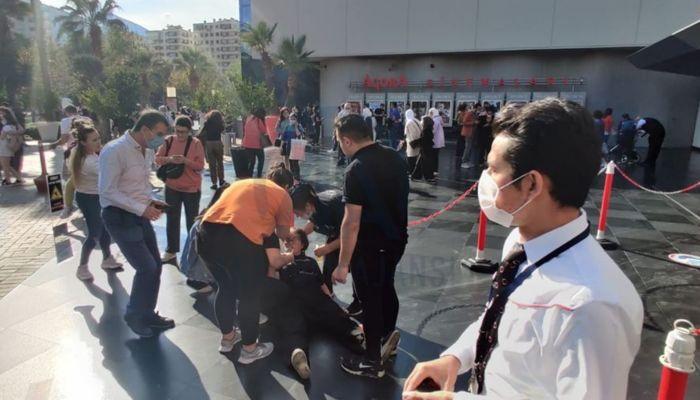 Мощные толчки: в результате землетрясения в Турции пострадало более 800 человек