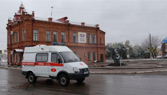 Эксперты предупредили об осеннем пике заболеваемости коронавирусом в России