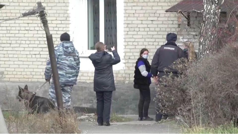 На Алтае задержали членов банды, грабившей пенсионерок в медицинских масках