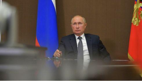 Путин предложил давать экс-президентам России пожизненные места в парламенте