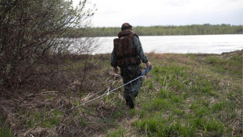 В Алтайском крае из реки Алей выловили мужской труп