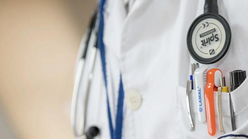 Правительство выделило 0,5 млрд рублей на ковидные выплаты алтайским медикам