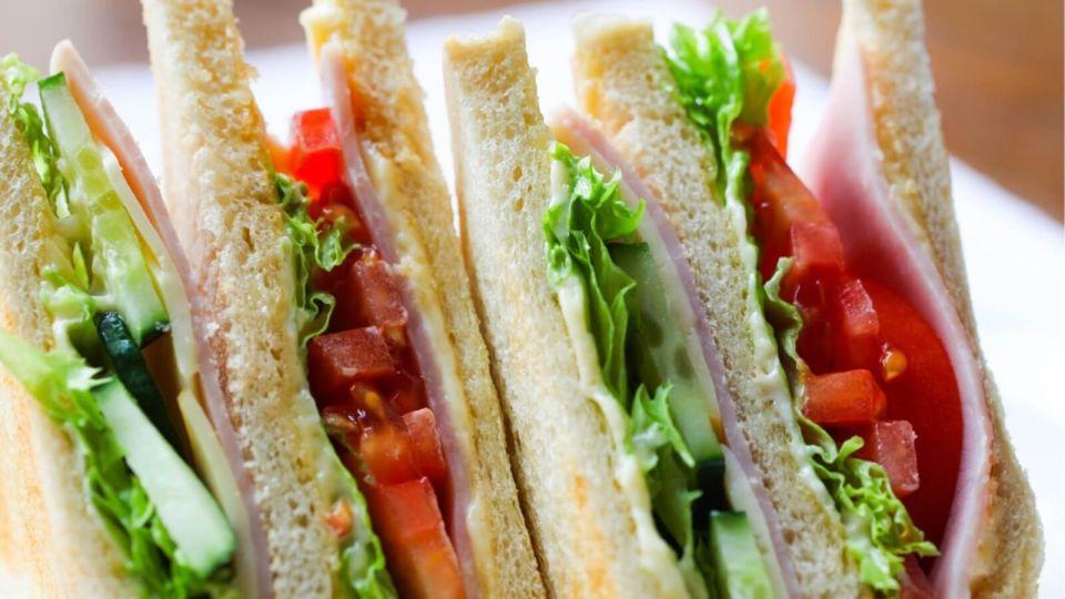 """День сэндвича – 2020: три """"быстрых"""" рецепта на каждый день"""
