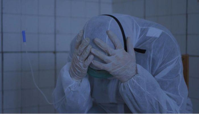 Комментатор Михаил Меламед снял клип о сложной обстановке с пандемией на Алтае