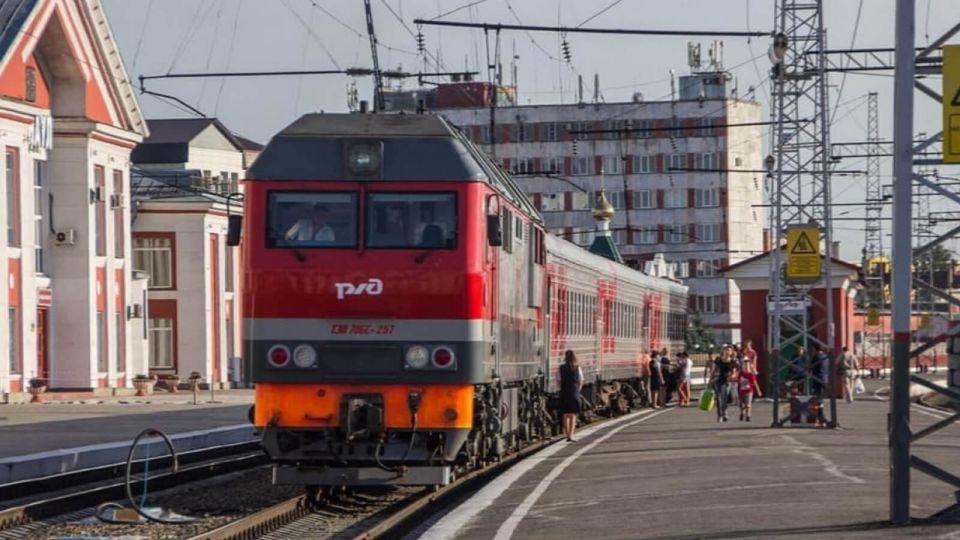 Вагоны пригородных поездов в Барнауле оборудуют Wi-Fi, ТВ и кондиционерами