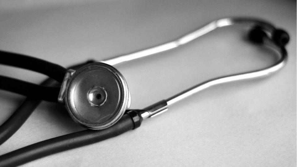 Минздрав проведет проверку по факту смерти барнаульского реаниматолога