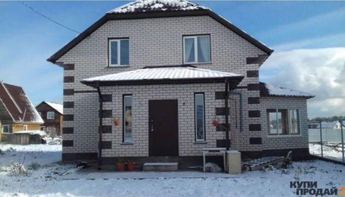Можно в рассрочку: большой дом с джакузи продают в Барнауле