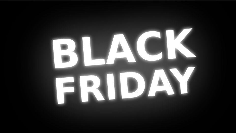 """Как правильно покупать в """"черную пятницу"""" и стоит ли верить заманчивым скидкам"""