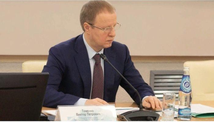 Идиотская выходка: Томенко прокомментировал установку антипамятника Карлину