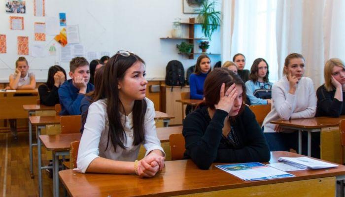 Опять дистант: алтайским школам предложили разные режимы работы после каникул