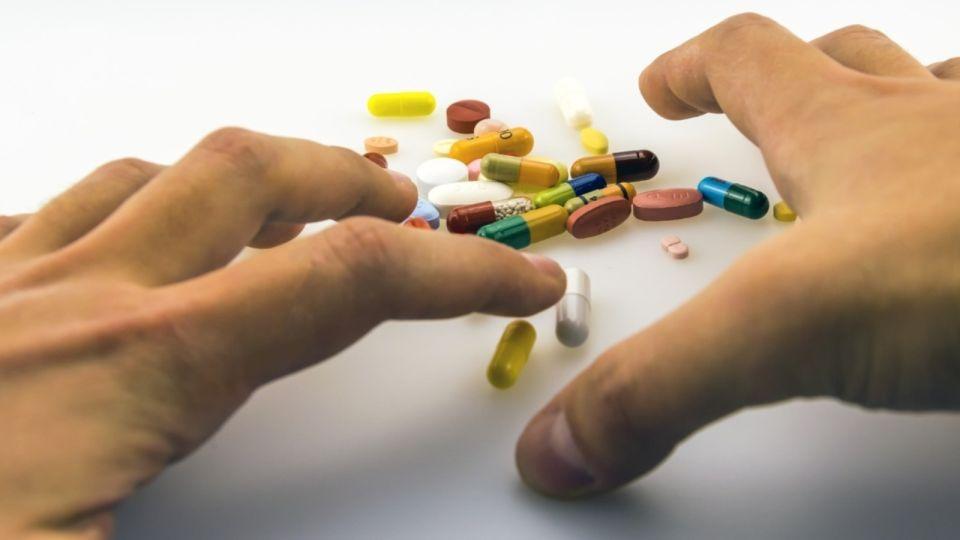 Сметают все: Томенко рассказал о ситуации с дефицитом лекарств в крае