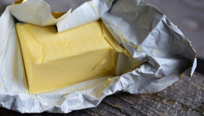 Директор двух алтайских предприятий накормила детей поддельным маслом