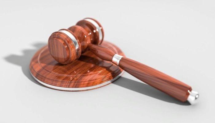 Присяжные оправдали отправленную в СИЗО за убийство жительницу Барнаула
