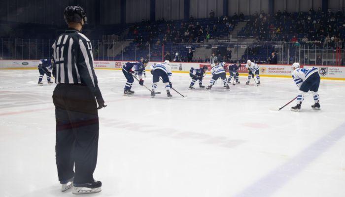 Хоккеисты Динамо-Алтай разгромили Юниор в первом домашнем матче сезона