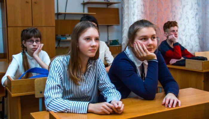 Российские вузы переводят на удаленку до 6 февраля