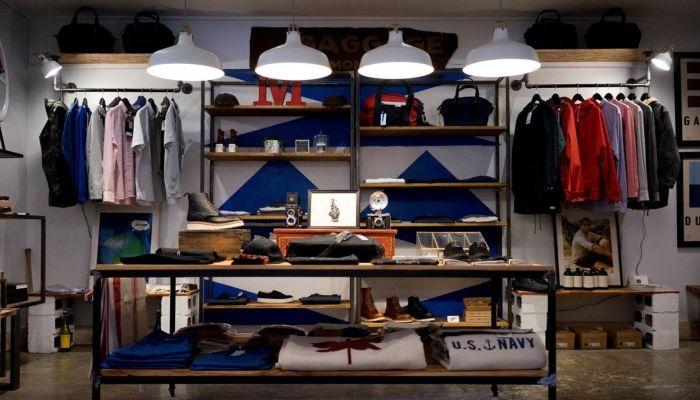 Барнаульский рецидивист украл вещи из магазина спортивной одежды