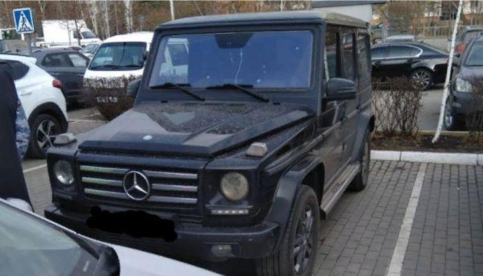 Житель Барнаула прятал арестованный Gelandewagen от приставов