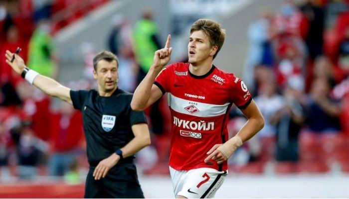 Футболист Соболев недоволен, что Динамо-Барнаул получило деньги за его переход