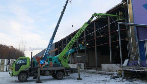 Вячеслав Франк посмотрел, как строят ковидный госпиталь в Барнауле