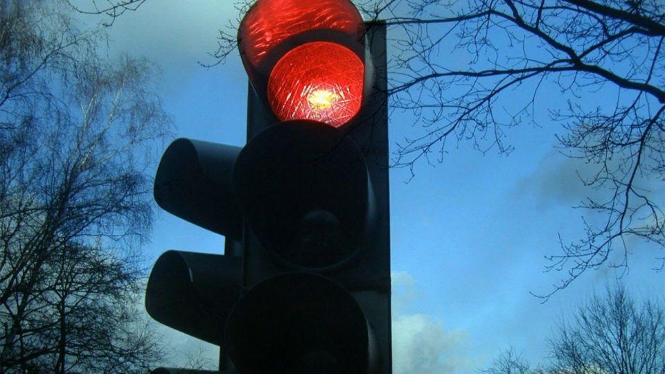 На двух оживленных перекрестках в Барнауле отключат светофоры