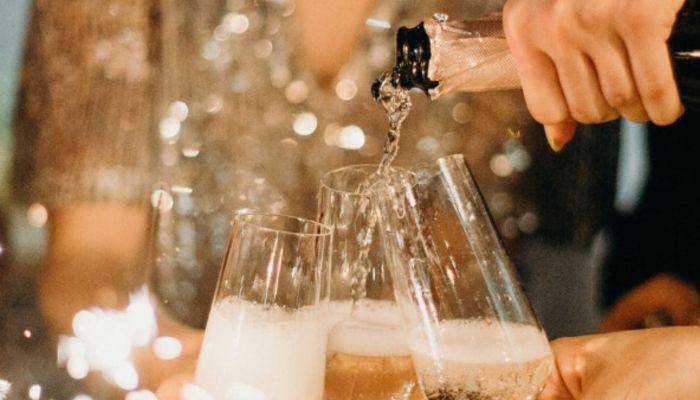 Не навреди: врач рассказала, какой алкоголь лучше выбрать для Нового года