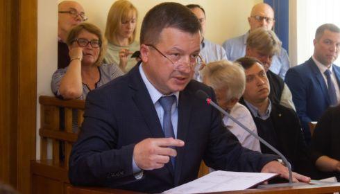 Большаков рассказал о переизбытке сыра на складах, а гречки – на полках жителей