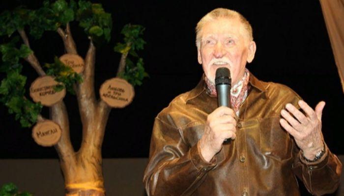 На 85-м году жизни умер бывший главный режиссер алтайского театра кукол Сказка