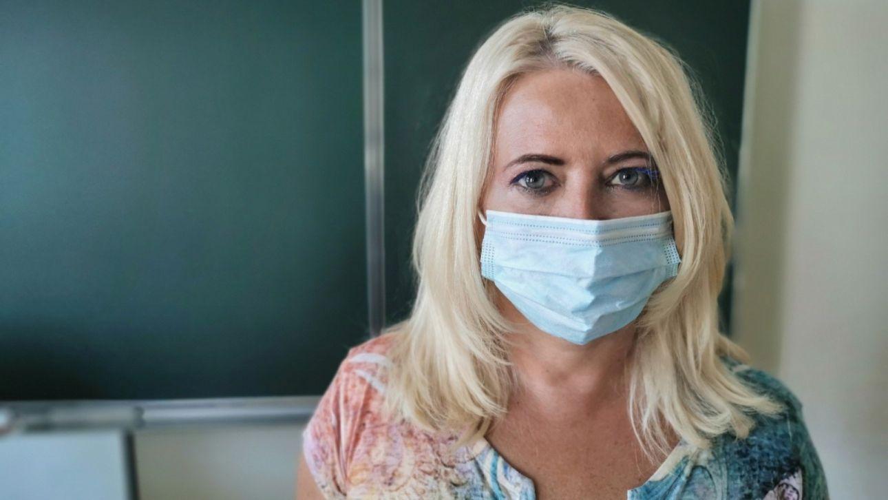 Учителя из Алейска возмущены снижением зарплаты на 10 тысяч рублей