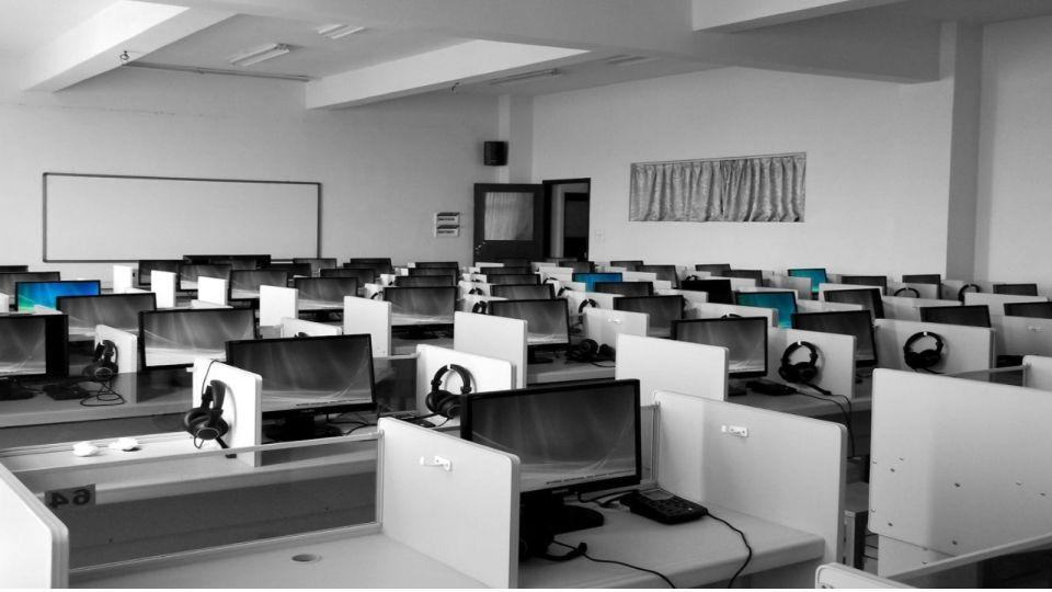 В России проходят тренировочные ЕГЭ по информатике на компьютерах