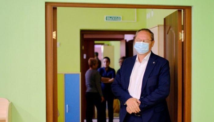 Минздрав Алтайского края рассказал о повторных случаях заражения COVID-19