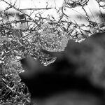 Житель Алтайского края затащил жену через окно и убил тремя ударами
