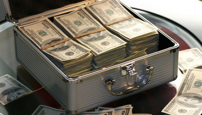 Bloomberg назвал тройку богатейших людей планеты