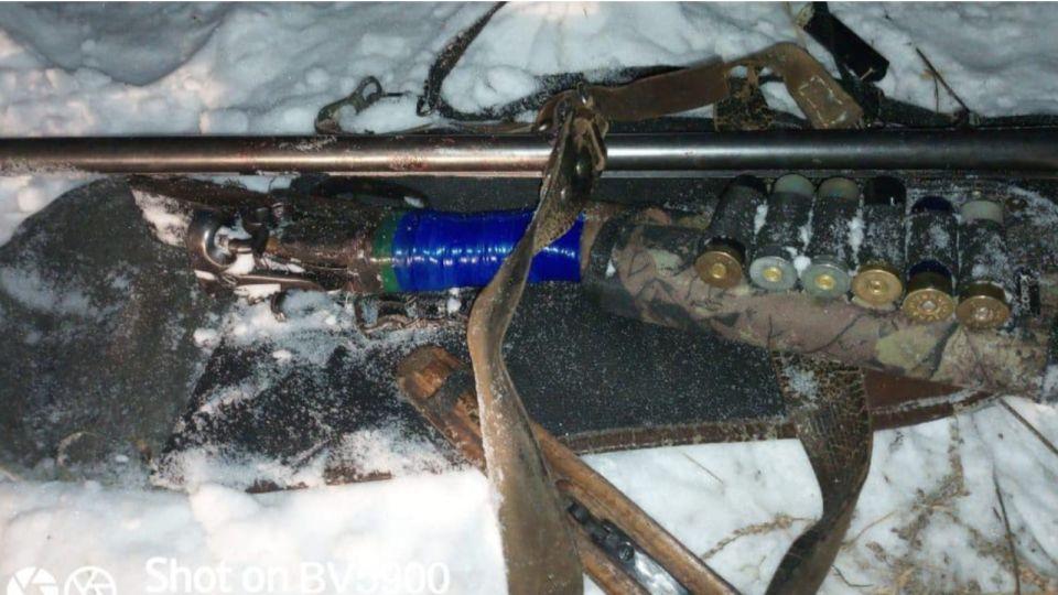 В Алтайском крае местные жители задержали браконьера с тушей косули