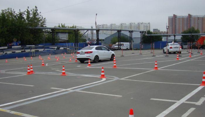 Сдачу теории на водительские права будут записывать на камеры