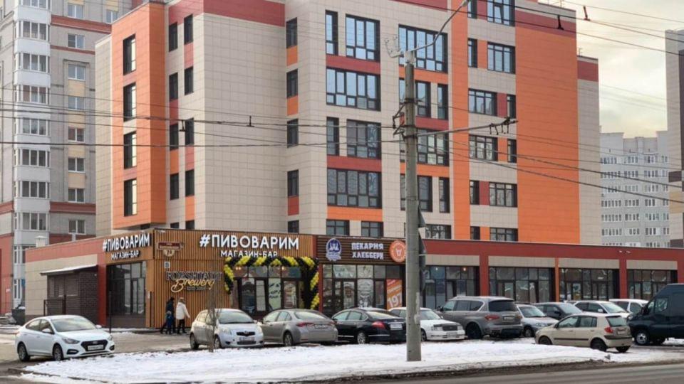 Вместо поликлиники – магазины. Что открывается в новом здании на ул. Балтийской