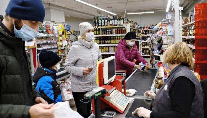 Верховный суд разрешил магазинам не продавать товар людям без масок