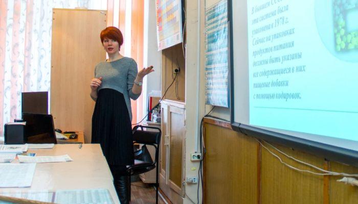 Алтайских учителей заставят приносить клятву по закону