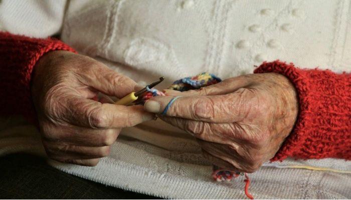 В Барнауле 83-летняя пенсионерка шесть лет жила в доме под снос