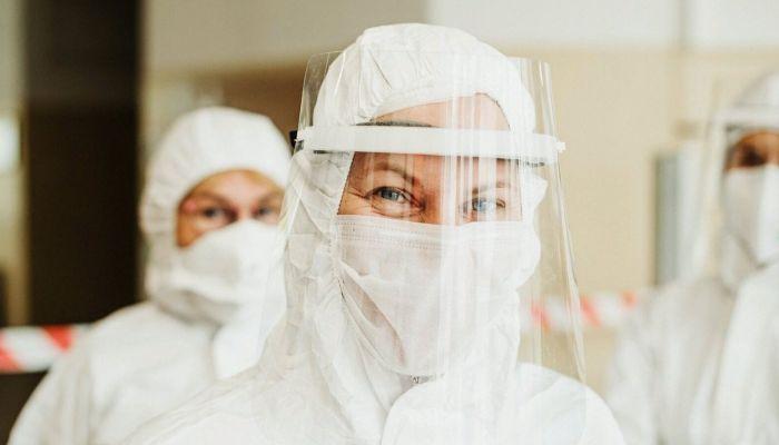 Оперштаб: 27,4 тысячи россиян заболели коронавирусом за сутки
