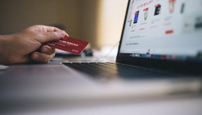 Рубцовчанин лишился сбережений, пытаясь продать стартер в Интернете