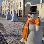 Без праздника, но во всей красе: как Барнаул преображается к Новому году