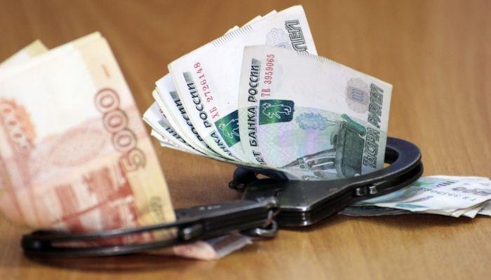 Главврача сибирской больницы поймали на откате в 13 млн рублей