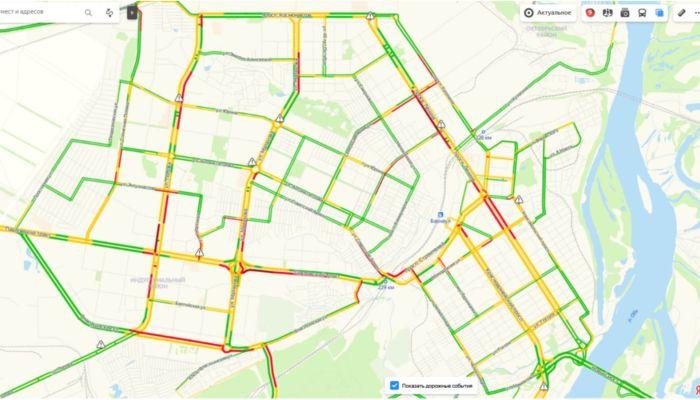Утренние пробки 8 декабря в Барнауле достигли девяти баллов