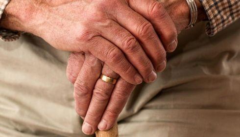 Смертность среди алтайских пенсионеров рванула вверх осенью-2020