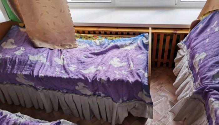 На Алтае воспитателю детсада дали условку за выпавшего из окна ребенка