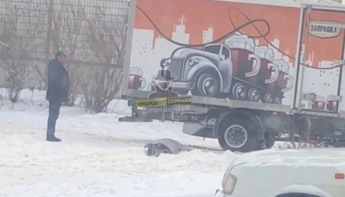 Очевидцы: в Новоалтайске сбили насмерть пожилую женщину