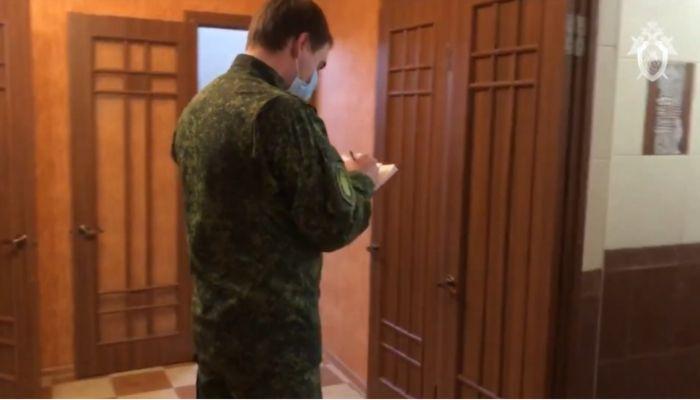 СК показал кадры с места убийства девушки и ребенка в Армавире