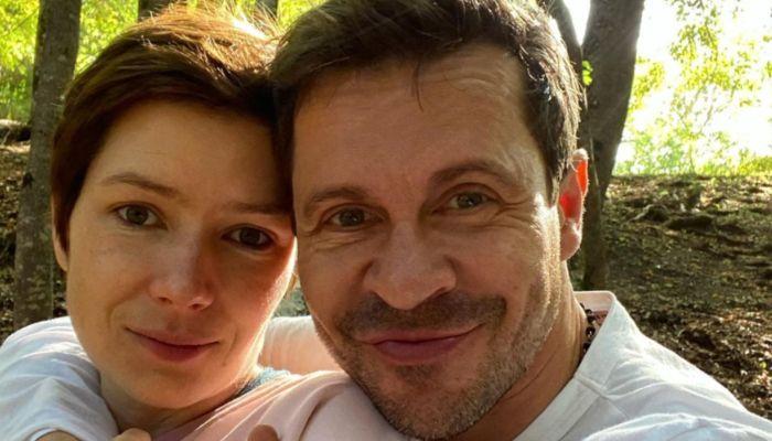 Актер Павел Деревянко развелся с женой после 10 лет брака